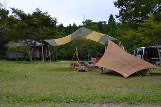 甫喜ヶ峰 キャンプ場 コールマン ヘキサタープ スノーピーク ペンタ モンベル ムーンライト
