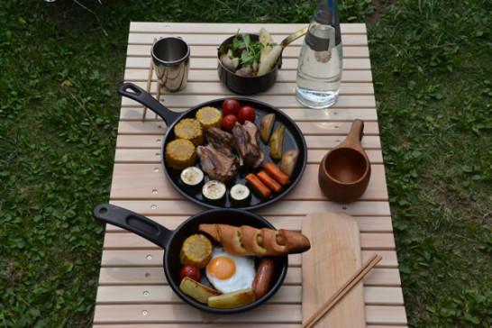 ウッドテーブル キャンプ