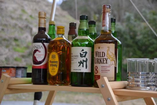 キャンプ BAR 酒