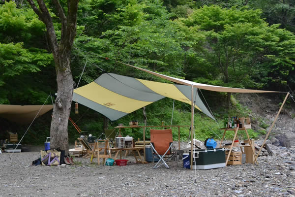 キャンプ 鏡川源流憩いの広場