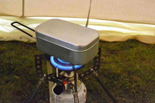 キャンプ 飯盒 メスティン トランギア