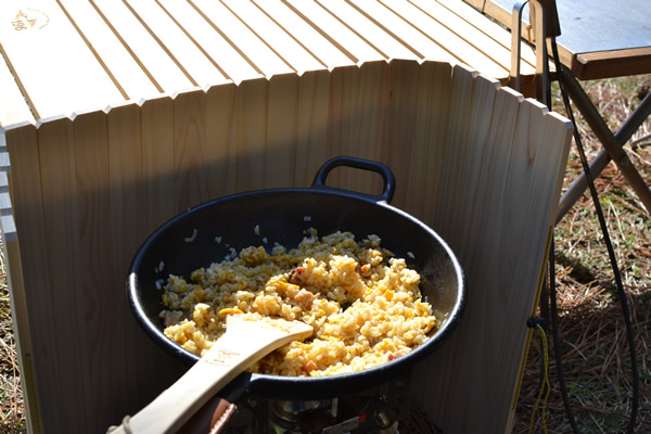 キャンプ 料理 チャーハン