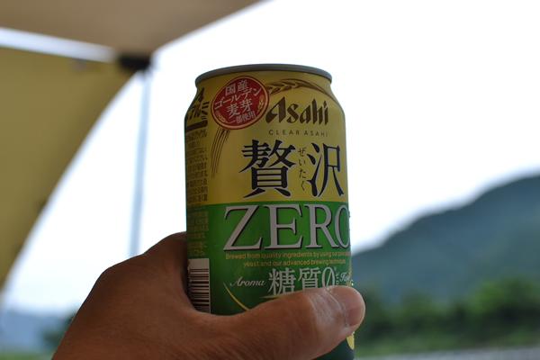 高知 雨 キャンプ ビール 川