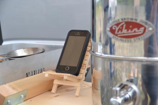 キャンプ 道具 木 スマホ iPhone スタンド