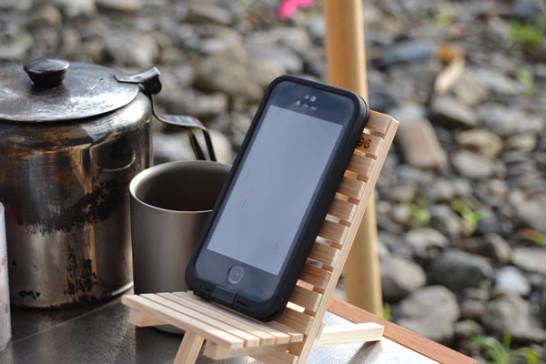 キャンプ 道具 木 スマホ iPhone スタンド 防水 ライフプルーフ