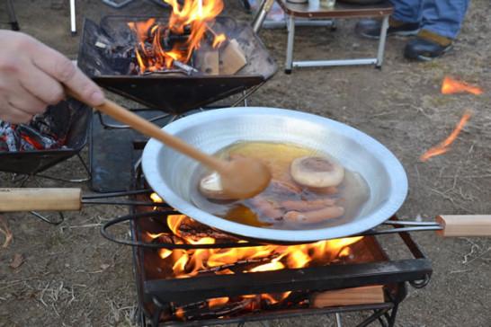 キャンプ 寄せ鍋