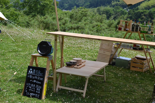 キャンプ ウッドテーブル