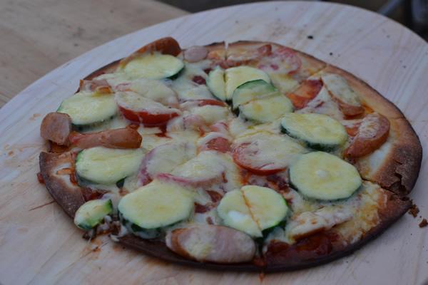 キャンプ ピザ ピザ窯