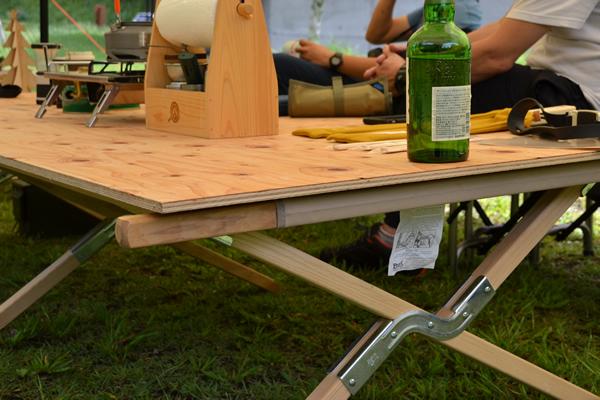 キャンプ バイヤー コット テーブル DIY 大変身