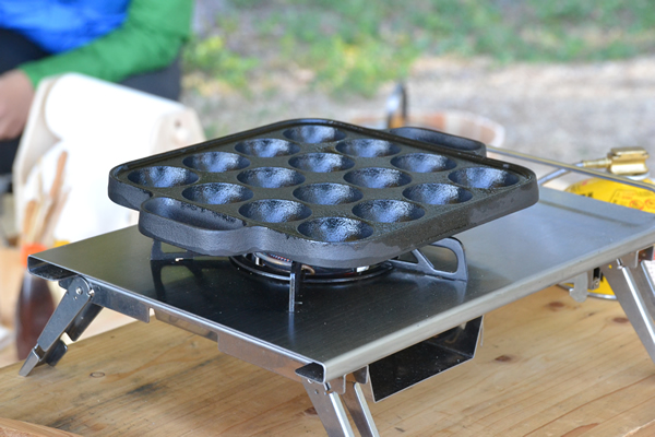 キャンプ 料理 たこ焼き