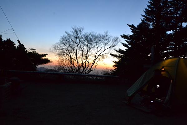 登山 笹ヶ峰 四国 高知 愛媛 テント泊 テン場 幕営地
