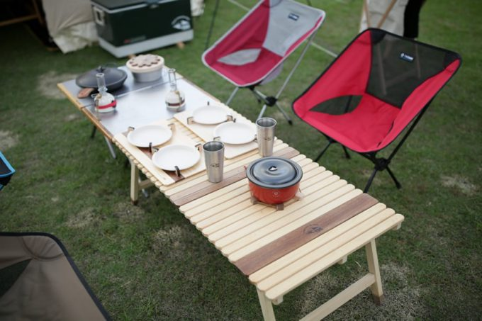 キャンプ ウッドテーブル 2つ折り
