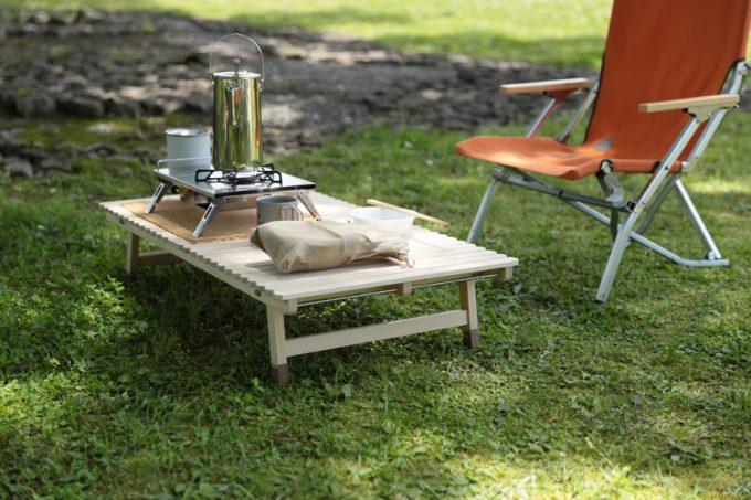 ウッドテーブル キャンプ お座敷スタイル