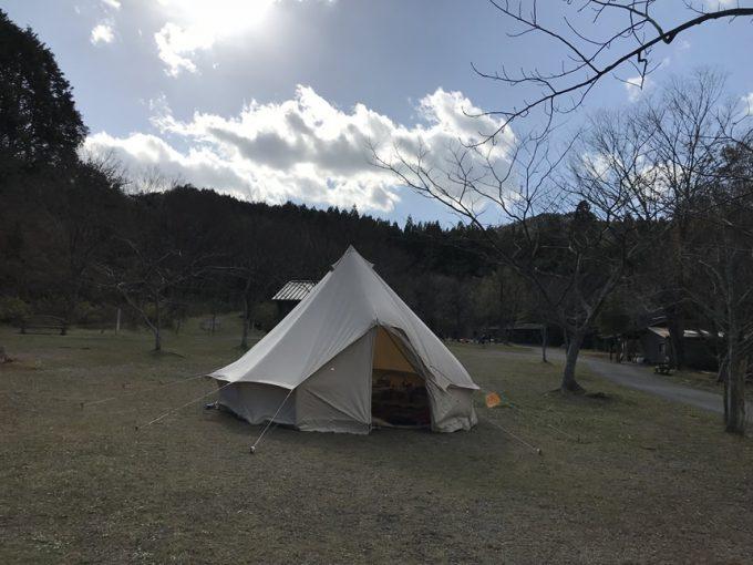 キャンプ 忘年会 ストーブ 鍋