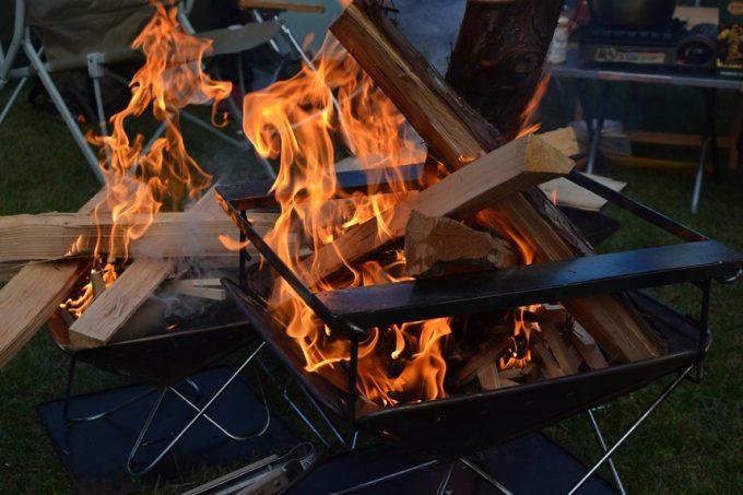 キャンプ 焚き火 着火剤